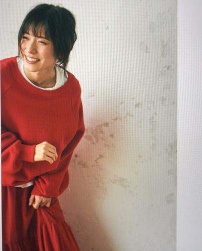 松岡茉優の画像
