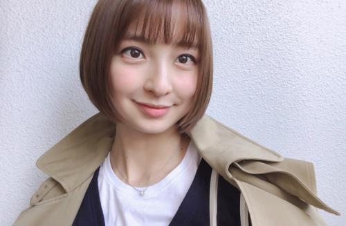 篠田麻里子画像
